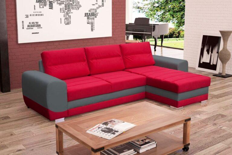 LOIRE to nowoczesny narożnik z funkcją spania i pojemnikiem na pościel. Cechą wyróżniającą są ozdobne przeszycia na oparciu i siedzisku, zapobiegające rozciąganiu się materiału. W komplecie znajdują się trzy poduchy oparciowe, które zapewniają komfortowe siedzenie.